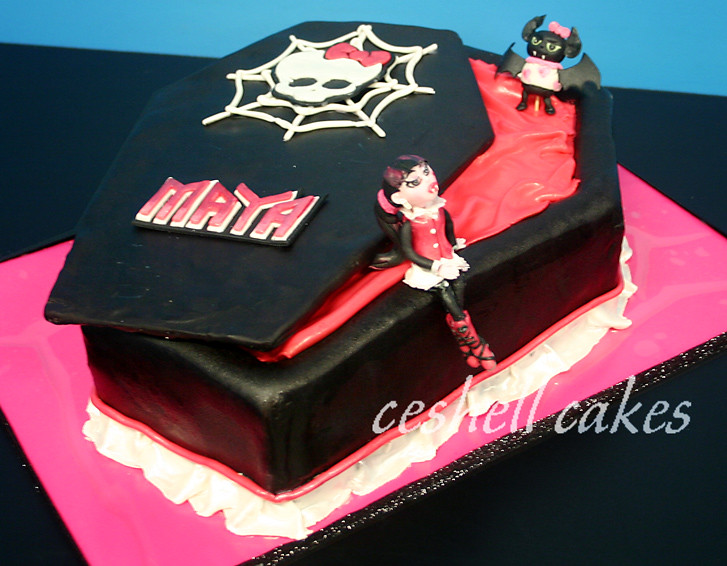 Monster High Coffin Cake Pan