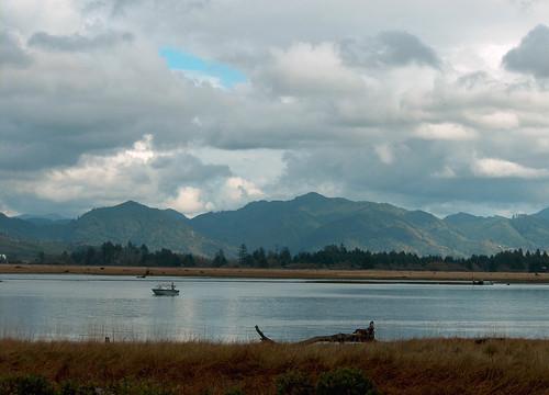 Boat tillamook bay munsel photo by kathy munsel odfw nw for Tillamook bay fishing