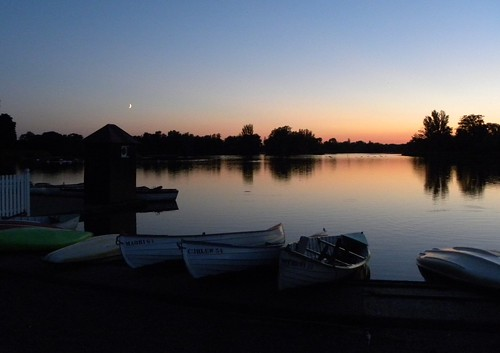 Sunset and moonrise at Thorpeness Meare, Suffolk | by sandlings