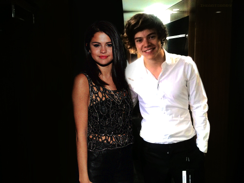 Backstage.// Harry Styles and Selena Gomez Manip [Sarry/He ...