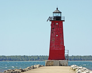 Manistique, Michigan Lighthouse | by fyimo