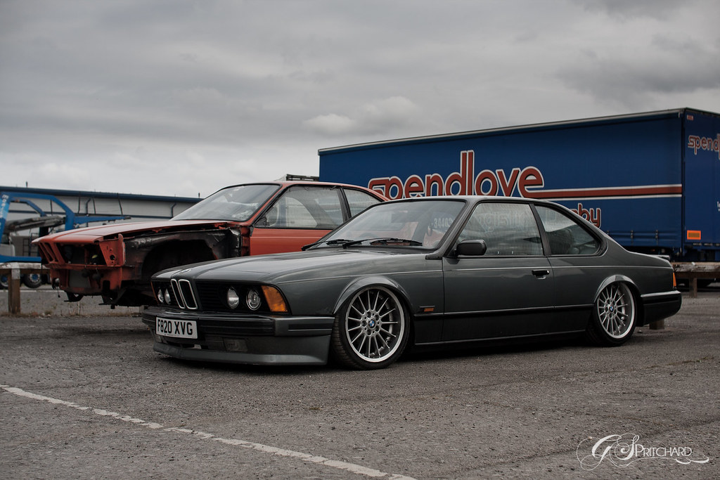 BMW E24 635CSI  Bagged on Airlift Struts, thanks to Bag