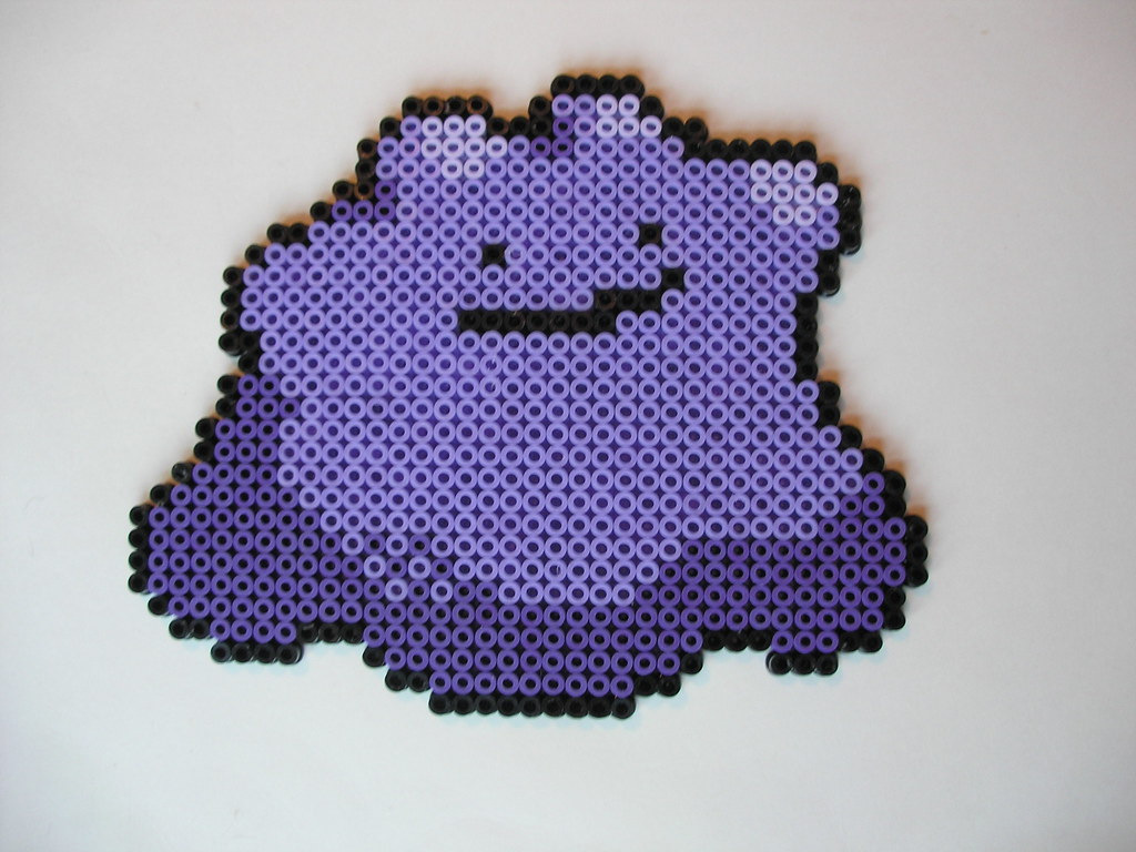 132 Ditto Bead Count 747 A Pokmon With An Interesting Co Flickr