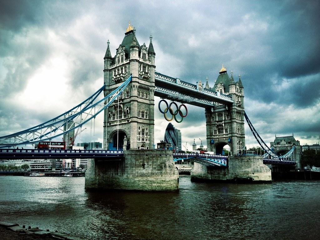 Tower Bridge With Olympic Logo Tower Bridge Has A Groovy