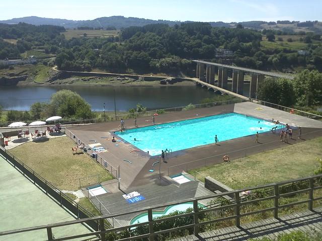 Camino de santiago piscina de portomar n cuesta 1 e for Piscinas trobajo del camino