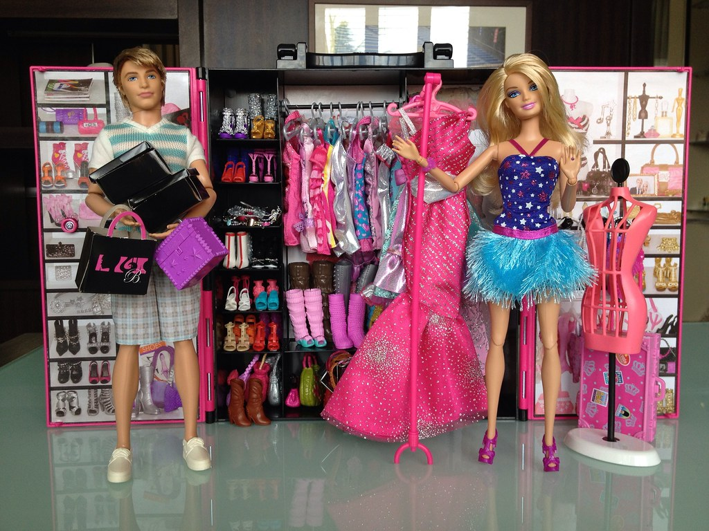 Barbie Fashionista Ultimate Closet The Barbie Fashionistas
