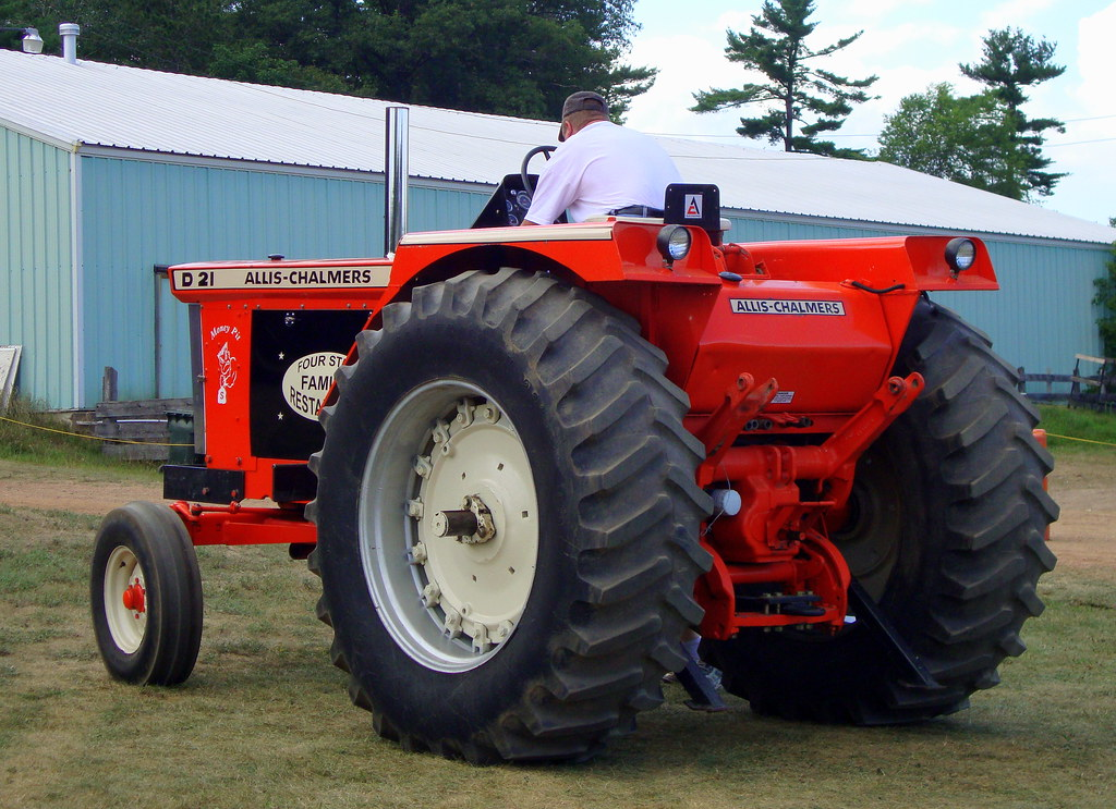 Allis Chalmers D21 : Allis chalmers d tractor mark flickr