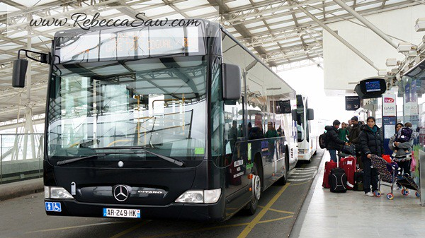 shuttle bus paris charles de gaulle airport rebeccasaw flickr. Black Bedroom Furniture Sets. Home Design Ideas