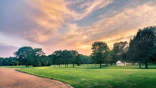 Sunset Golf Shack
