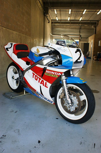 Honda vfr750r rc30 dholda racing ex stephane mertens for Mercedes benz usa llc brunswick ga