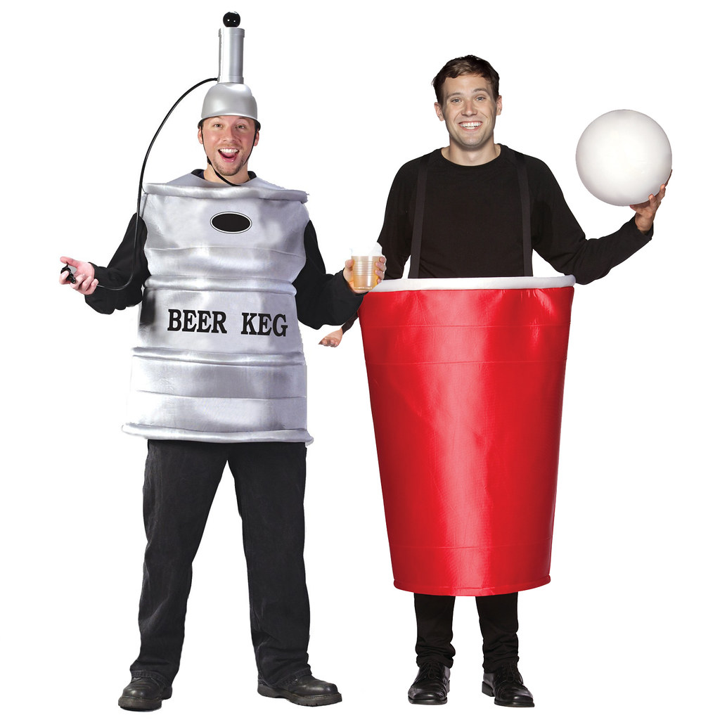 ... beer-keg-and-beer-pong-cup-couples-costume |  sc 1 st  Flickr & beer-keg-and-beer-pong-cup-couples-costume | couplescostumes | Flickr