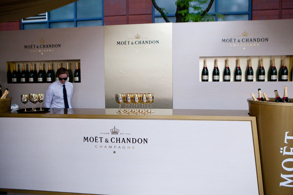 Mo 235 T Amp Chandon Terrace S Bar Us Open Tasting Preview