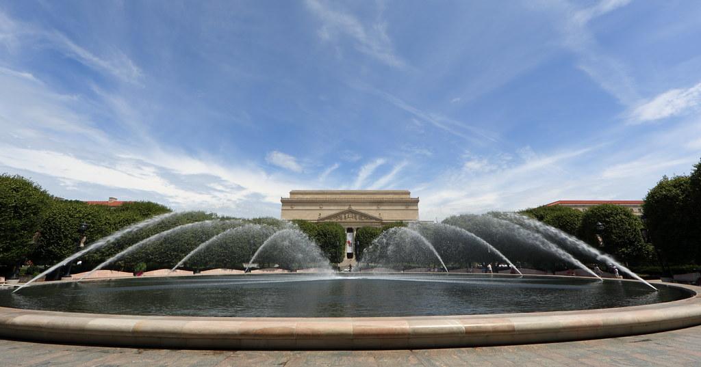 Nga Sculpture Garden Fountain Wide Angle The Fountain In