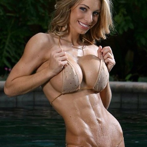She Is Ripped Tuesday Bikini Wbff Fitness Physique -2981
