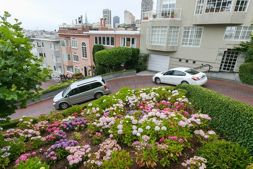 Lombard Street Turns | by Alex E. Proimos