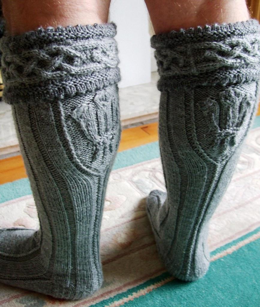 Free Knitting Pattern For Kilt Socks : #Aran grey #socks #kilt #hose back view #threefeathers ...