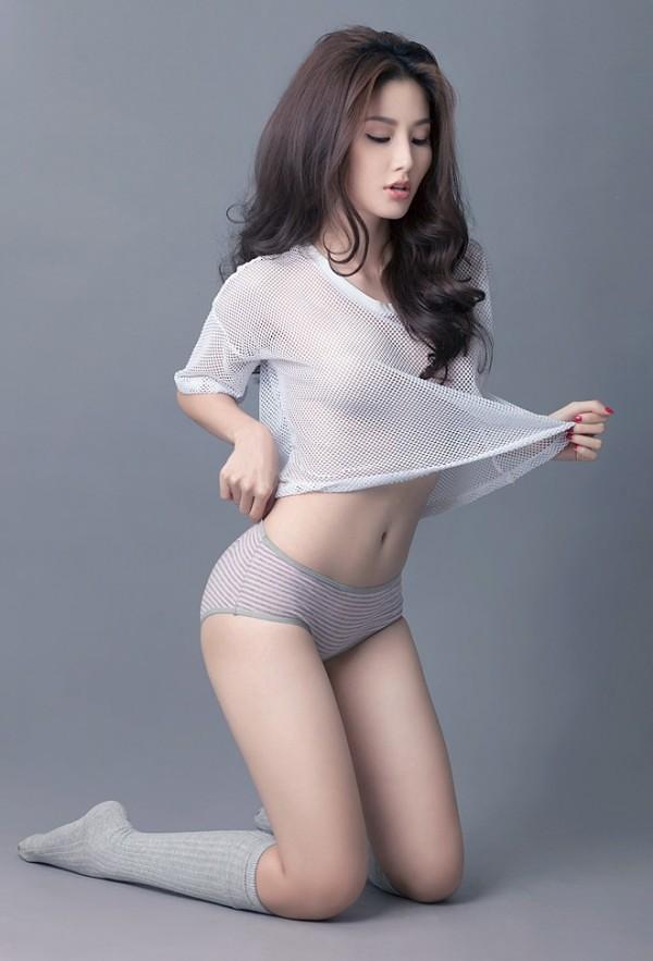 ... Diễm My 9x mặc áo xuyên thấu khoe trọn ngực khỏe khoắn   by  nguoidep360vn