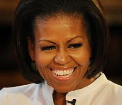 michelle_obama2011-smile-laugh-med | by mimi@dailykos.com