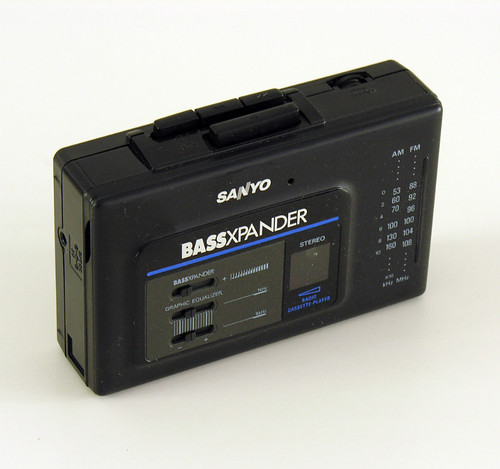 SANYO Bassxpander | by vicent.zp