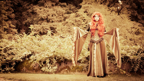 2012-09-15 Elf Fantasy Fair, edition Arcen 2012, Hanny | by Qsimple, Memories For The Future Photography