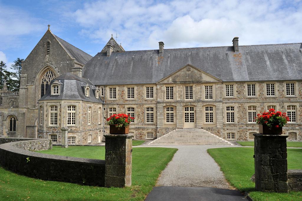 Abbaye de saint sauveur le vicomte manche l 39 abbaye - Piscine saint sauveur le vicomte ...