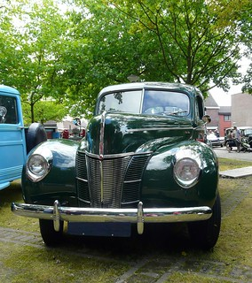1940 Ford DeLuxe | by Anita & Mark busy