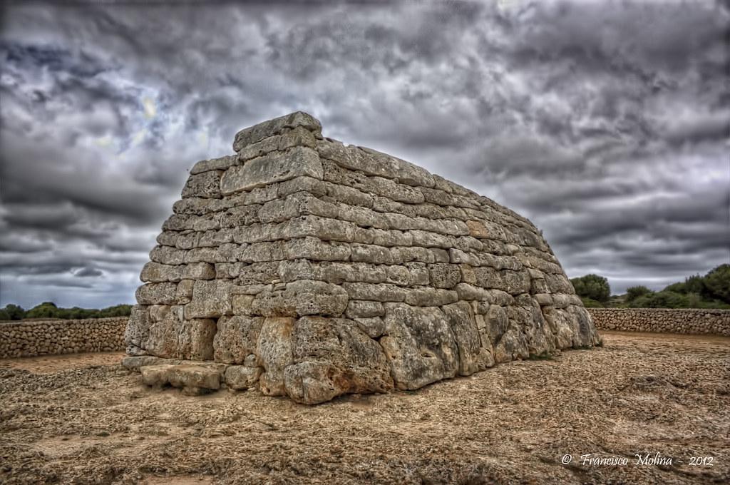 Naveta des tudons ciutadella Menorca