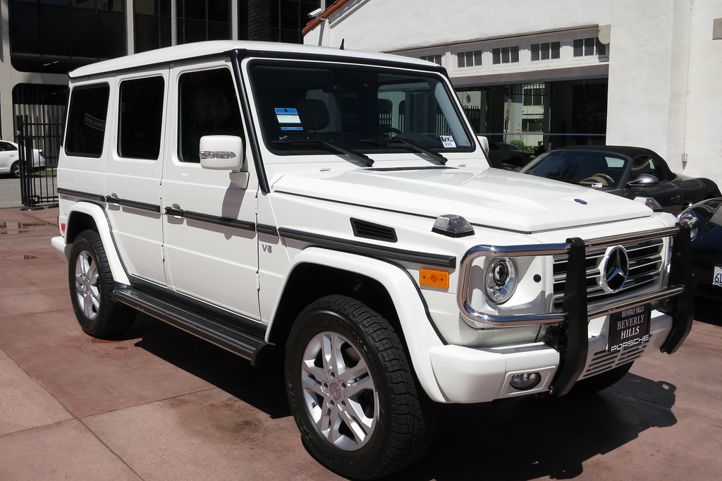 2012 mercedes benz g 550 g wagon geladenwagen white porcel for Mercedes benz g wagon 2012
