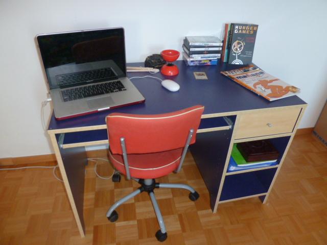 Chf bureau ikea robin bleu bureau ikea robin bleu flickr