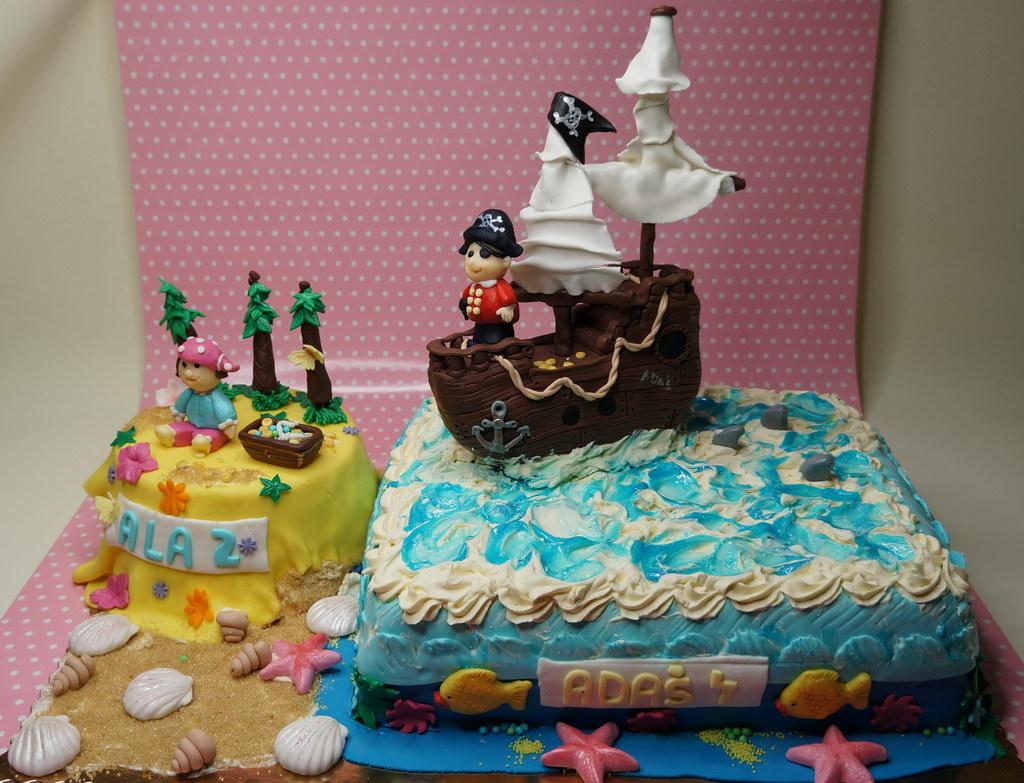Amazing Pirates Of The Caribbean Cake