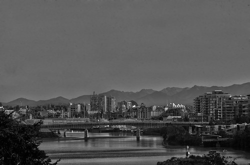 A not so cliche view of victoria b & w | by Insomnious247