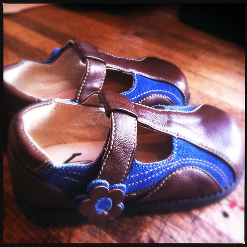 See Kai Run Girls Mary Jane Shoes Brown Leather / Blue Suede Size 7 for sale on eBay | by mommyknows { Kim Becker }
