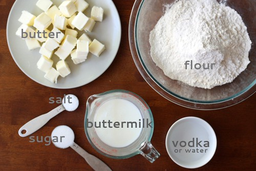 Pie Crust Tutorial | by Completely Delicious