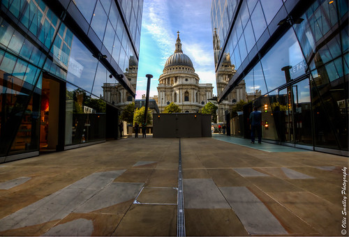Passage to St. Paul's. [Explored + Front Page!] | by Ollie Smalley Photography (OSP)