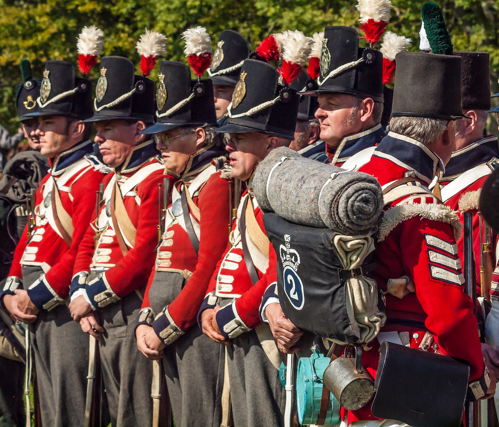 A reenactment group in the British army red coat uniform o… | Flickr