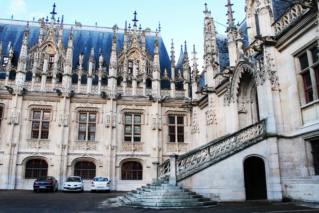 Drawing Dreaming - 10 coisas a fazer num dia em Rouen - Parlement de Normandie