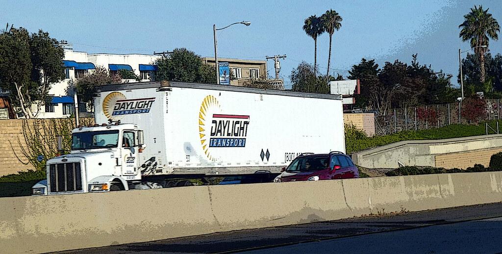 Daylight Transport Truck | David Valenzuela | Flickr