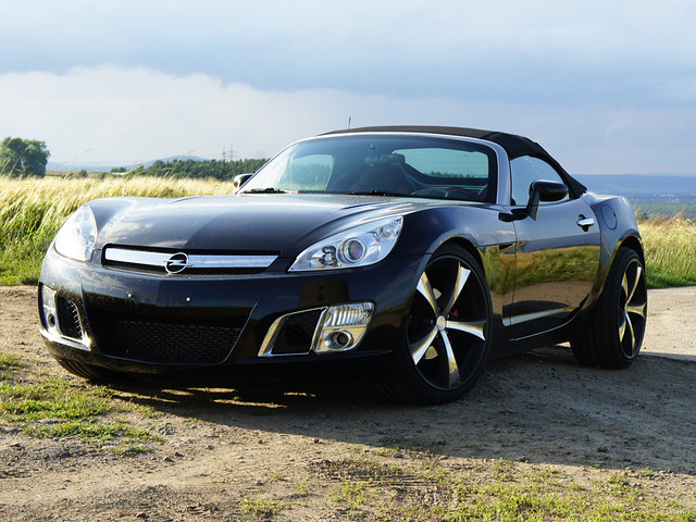 opel gt roadster pontiac solstice saturn sky original line. Black Bedroom Furniture Sets. Home Design Ideas