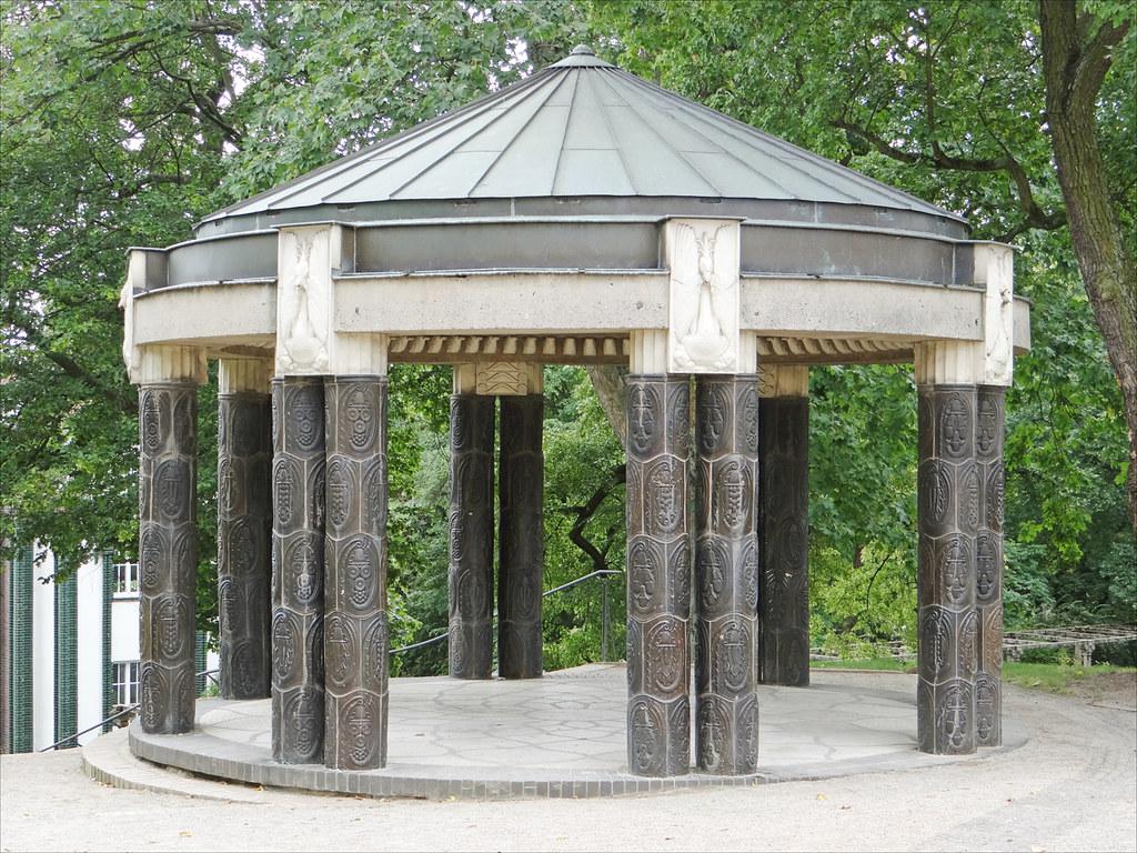 Le pavillon du jardin (Mathildenhöhe, Darmstadt)  Le ...