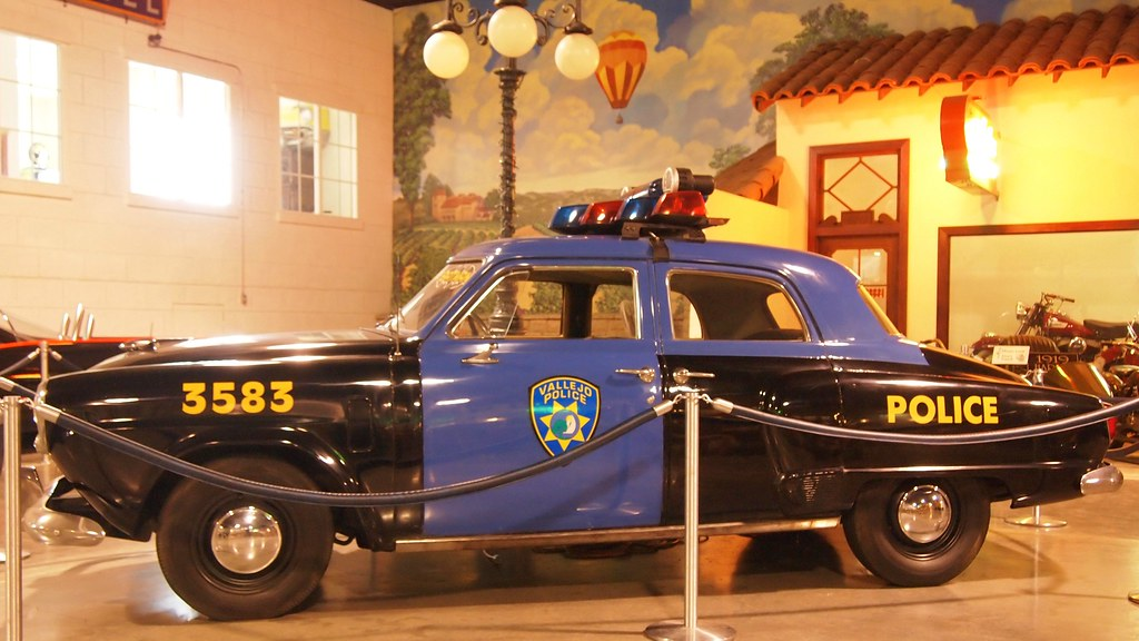 1951 studebaker champion gotham city police car from batma