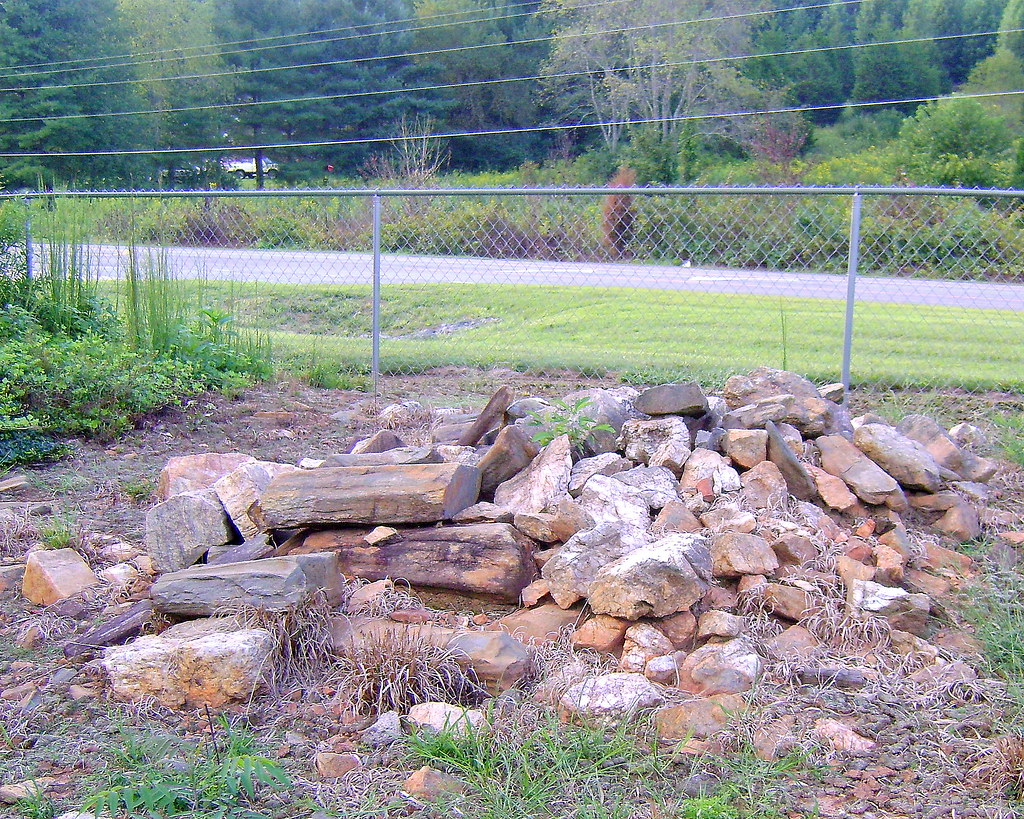 old indian burial ground  maxwell family cemetery  elkin n