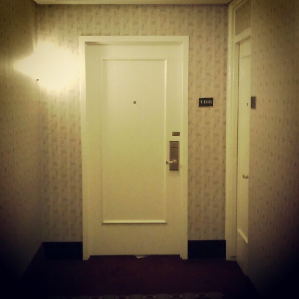 I am literally standing outside room 1408 in the Roosevelt ...