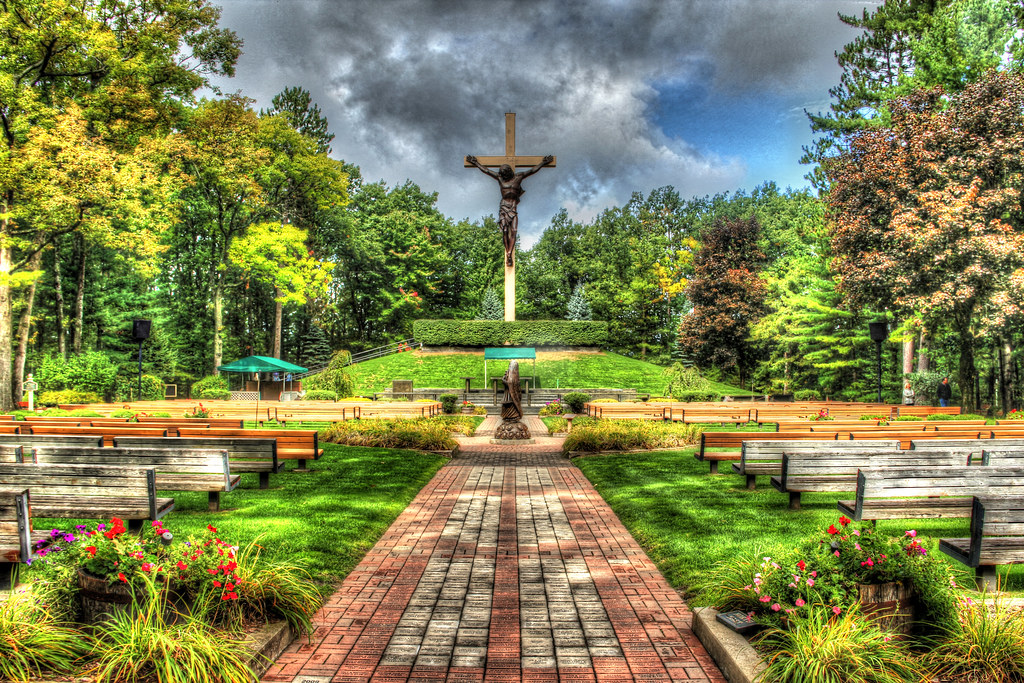 catholic singles in woods cross Be one of the 275,000 to 325,000 people that come visit the cross in the woods  enjoy reading the daily readings from the united states conference of catholic.