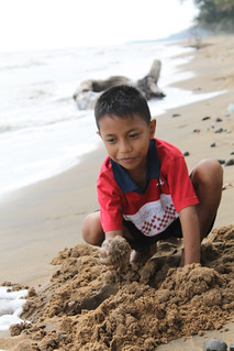 Boy on the Beach | by Ardhi indie Photography