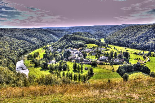 POINT DE VUE DE ROCHEHAUT HDR | by VP photographie