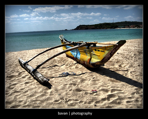 Boat used for fishing in Trincomalee beach | by nbavan7