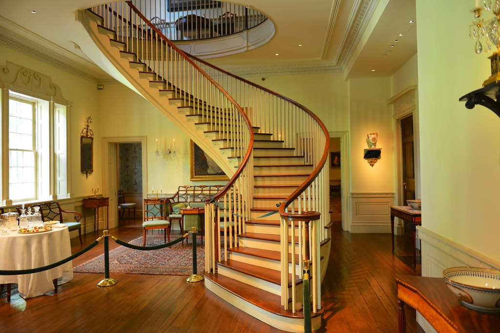 Colonial Era Staircase Staircase At Winterthur Estate