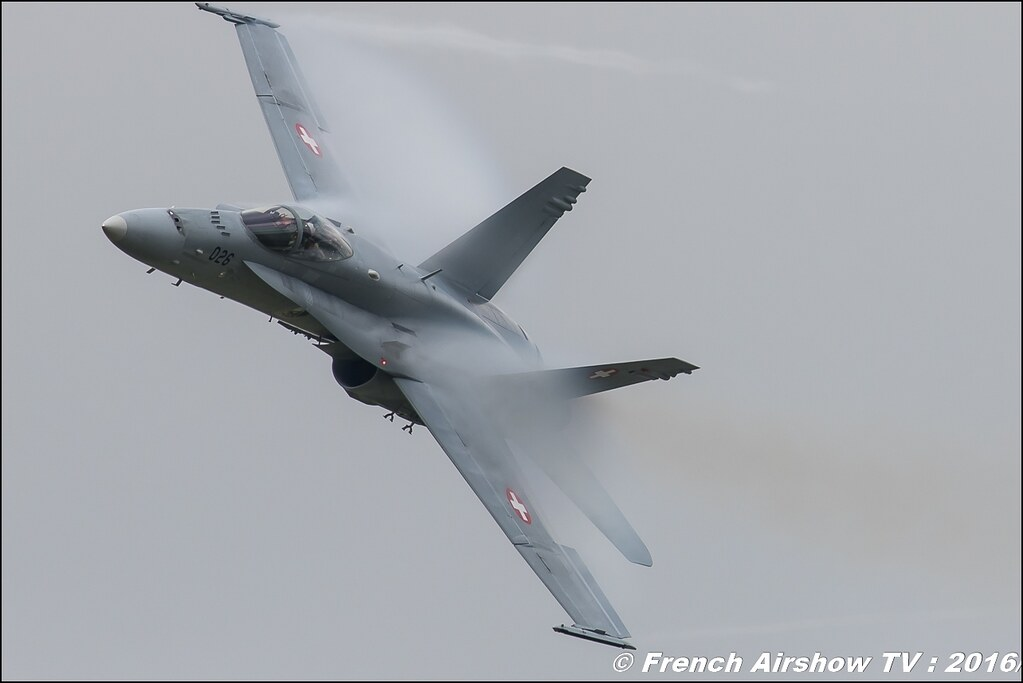 F/A-18 Hornet Solo Display , Forces Aériennes Suisse , SWISS HORNET DISPLAY TEAM ,Belgian Air Force Days 2016 , BAF DAYS 2016 , Belgian Defence , Florennes Air Base , Canon lens , airshow 2016