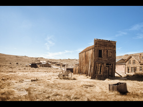 There Are No Right Angles in Bodie | by Muzzlehatch