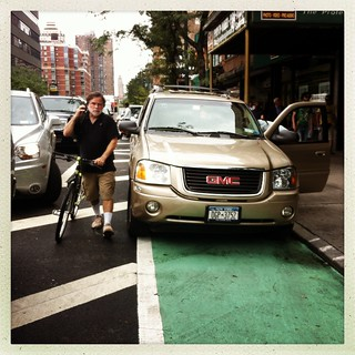 9th Avenue Bike Lane below 34th Street #streetsblog #bikenyc | by c34